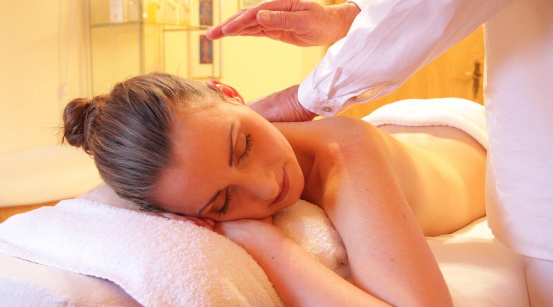 Séance de massage californien, à quoi doit-on s'attendre?