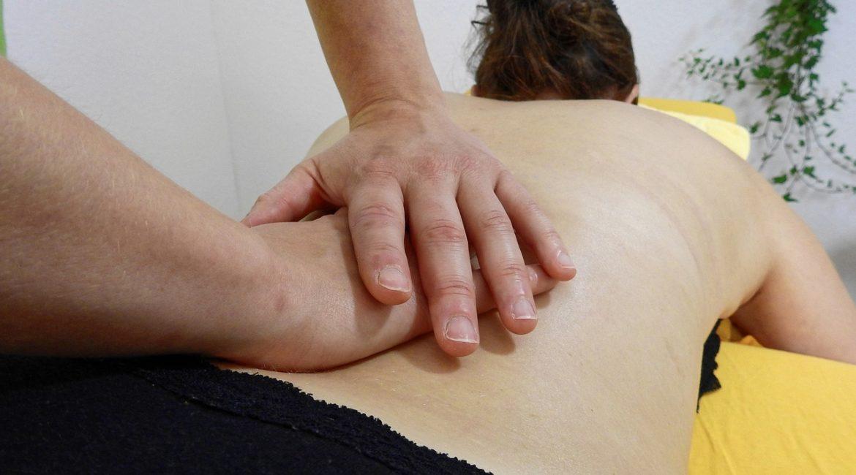 Comment se déroule la séance de massage sensuel dans un salon ?