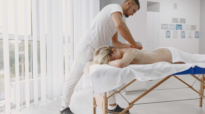 Pourquoi s'offrir un massage naturiste Paris ?